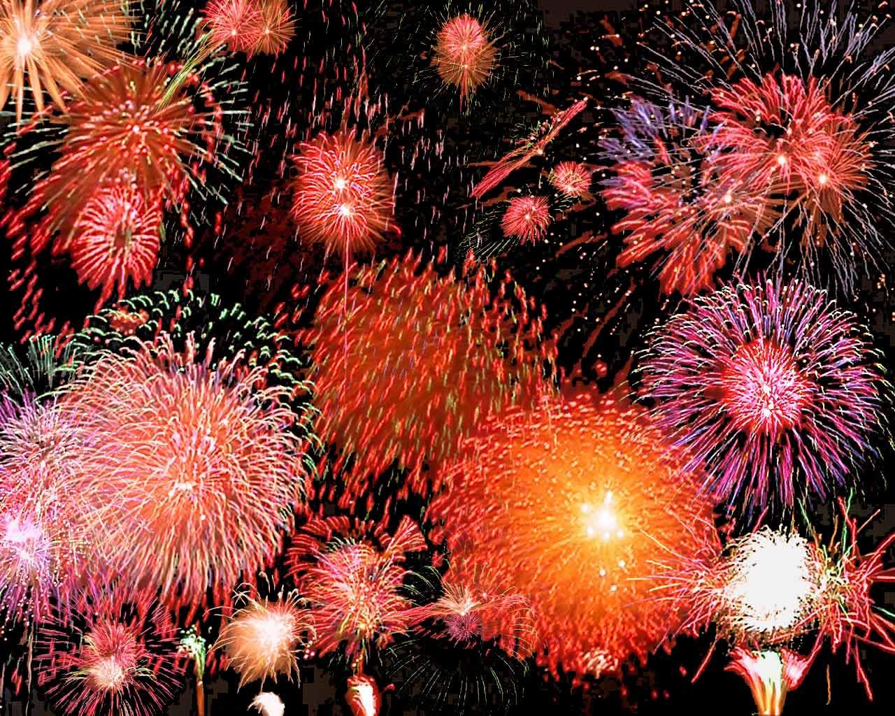http://theevanstonian.files.wordpress.com/2011/07/fireworks11.jpg